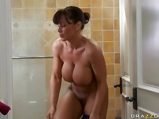 Jogging mommy fucked lustily