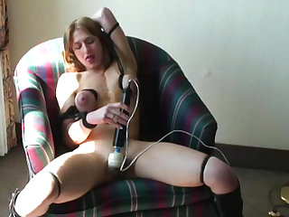 Perverted blonde is fucking her puss with vibrator