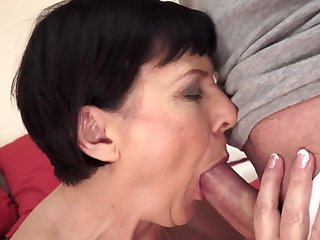 Enjoy the obscene show with absolutely handsome mommy Margo T because she's fucking in her hairy hole