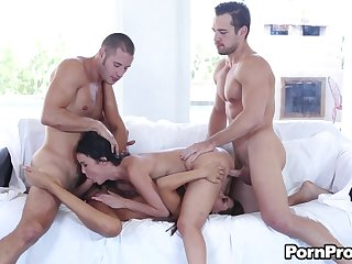The swingers swap partners and kick it off with cocksucking that leads to pussy fucking.