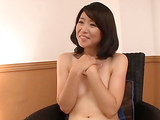 Murasaki Chizuru is a mature woman ready to be fucked
