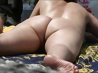 Nude Beach - Fat Pussy Big Tits Spread Wide