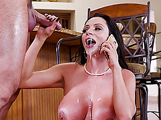 Splendid asshole draining with Ariella Ferrera and her horny bod