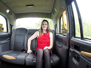 Horny blonde Star Del Ray sucks and fucks taxi driver John