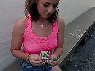 Tanned slut accepts cash for money