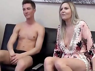 Taboo! Shameless mature stepmom let her virgin stepson cum inside her cunt