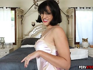 Dirty busty stepmom showed her big ass to a stepson