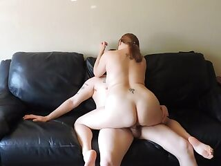 Fucked a chubby chick on a leather couch