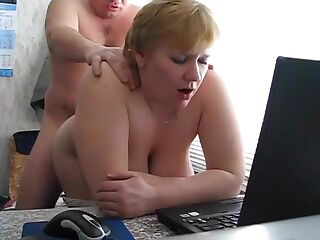 Blonde BBW fuck at work