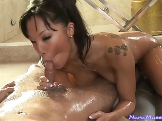 Amazing Oiled Up Massage From An Asian Expert