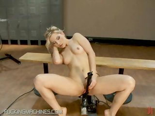 Tongue Chain and Fucking Machine Giving This Blonde Endless Pleasure