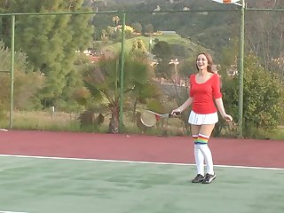Teen Latina Masturbates Outdoors In A Tennis Court