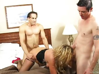 Blonde MILF Gangabanged had her Asshole covered with Cum