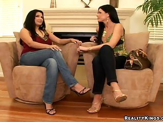 Sophia Lomeli And India Summer In CFNM Action