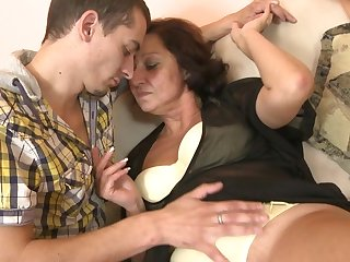 Horny mature slut fucking and sucking cock