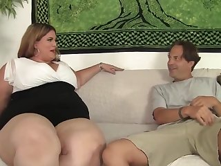 fat BBW Erin Green riding a stiff cock